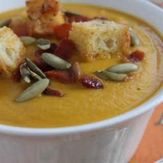 Apple Bacon Pumpkin Bisque - www.vixenskitchen.com
